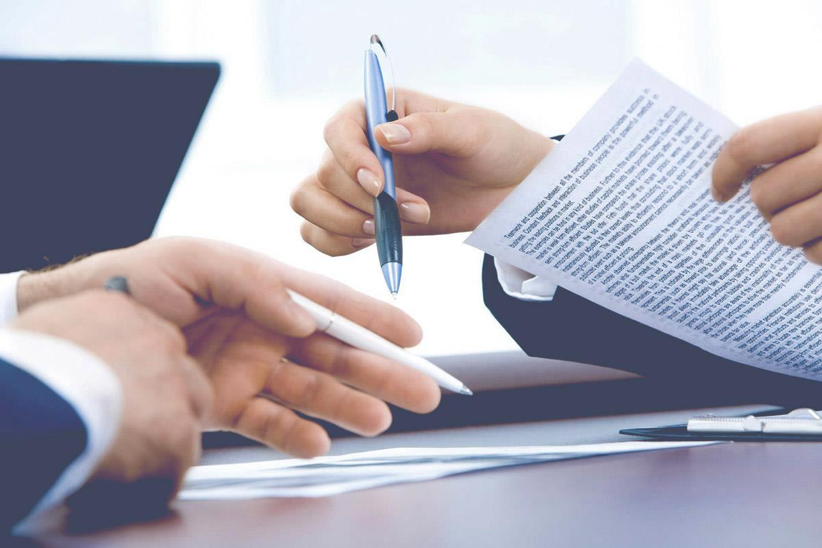 how to sign a notarized document